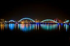 Φωτεινή γέφυρα δράκων στην πόλη Danang Στοκ φωτογραφίες με δικαίωμα ελεύθερης χρήσης