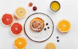 Φωτεινή παρουσίαση του γεύματος προγευμάτων Στοκ Εικόνα