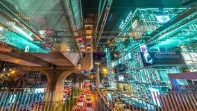 Φωτεινοί σηματοδότες νύχτας και γέφυρα οδών ταχείας κυκλοφορίας στη Μπανγκόκ, Ταϊλάνδη Το Νοέμβριο του 2016 4K timelapse απόθεμα βίντεο