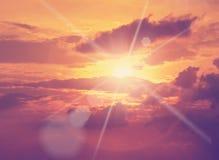 φωτεινός ήλιος, κίτρινες ακτίνες Στοκ Εικόνες