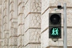 Φωτεινός σηματοδότης Βιέννη για περισσότερη ανοχή στοκ εικόνα