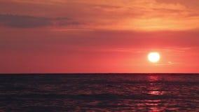 φωτεινό ηλιοβασίλεμα απόθεμα βίντεο
