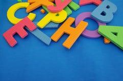 Φωτεινό διαφορετικό χρώμα ενός γράμματος της αλφαβήτου Στοκ εικόνα με δικαίωμα ελεύθερης χρήσης