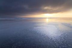 Φωτεινό χειμερινό τοπίο στοκ εικόνες με δικαίωμα ελεύθερης χρήσης