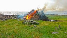 Φωτιά θερινού ηλιοστάσιου στη Νορβηγία Στοκ Εικόνες
