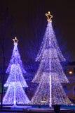 Φωτισμένα χριστουγεννιάτικα δέντρα Στοκ Φωτογραφίες