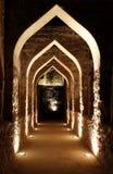 Φωτισμένη μετάβαση μέσα στο οχυρό του Μπαχρέιν Στοκ Φωτογραφίες