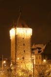 φωτισμένος η Ευρώπη πύργο&sigmaf στοκ φωτογραφία με δικαίωμα ελεύθερης χρήσης
