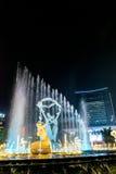 Φωτισμένο Hangzhou τετράγωνο οικοδόμησης Wishan Στοκ Εικόνα