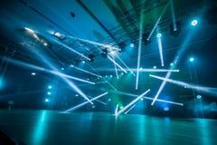 Φωτισμός, φως στο στάδιο στο disco στοκ φωτογραφία με δικαίωμα ελεύθερης χρήσης