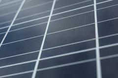 φωτοβολταϊκή ανανεώσιμη αποταμίευση ενεργειακής μελλοντική επιτροπής κινηματογραφήσεων σε πρώτο πλάνο ηλιακή Στοκ Φωτογραφίες