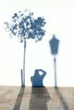 Φωτογράφος στις σκιές Στοκ φωτογραφίες με δικαίωμα ελεύθερης χρήσης