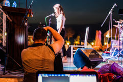 Φωτογράφος στο φεστιβάλ μουσικής και ποίησης Στοκ Εικόνες