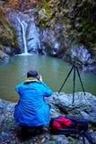Φωτογράφος φύσης στην εργασία Στοκ Εικόνα