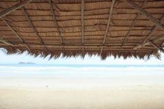 Φωτογραφία αποθεμάτων - ταϊλανδική σύσταση της στέγης στο ταϊλανδικό ύφος pavillion flok στοκ εικόνα