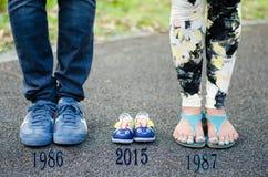 Φωτογραφία μητρότητας με τις καινοτόμες ιδέες στο πάρκο Μπανγκόκ Benjakitti Στοκ εικόνα με δικαίωμα ελεύθερης χρήσης