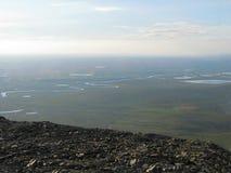 Φωτογραφία μιας θερινής λίμνης στα βουνά tundra Ural στοκ εικόνες με δικαίωμα ελεύθερης χρήσης
