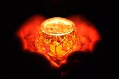 Φωτογραφία νύχτας - κερί υπό εξέταση Στοκ Εικόνα