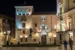 Φωτογραφία νύχτας Plaza de Λα Villa στην πόλη της Μαδρίτης, Ισπανία Στοκ φωτογραφία με δικαίωμα ελεύθερης χρήσης