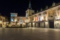 Φωτογραφία νύχτας Plaza de Λα Villa στην πόλη της Μαδρίτης, Ισπανία Στοκ εικόνα με δικαίωμα ελεύθερης χρήσης