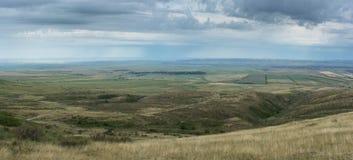 Φωτογραφία που λαμβάνεται από ένα ύψος πράσινα δέντρα πεδίων Φύση στοκ φωτογραφία