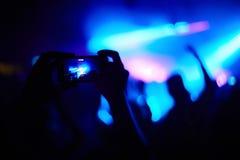 Φωτογραφία στη συναυλία στοκ εικόνες με δικαίωμα ελεύθερης χρήσης