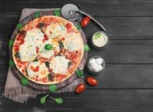 φωτογραφία τροφίμων μοτσαρελών πιτσών Στοκ φωτογραφία με δικαίωμα ελεύθερης χρήσης