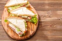 Φωτογραφία των σάντουιτς με τις οδοντογλυφίδες Στοκ φωτογραφία με δικαίωμα ελεύθερης χρήσης