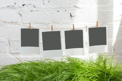 Φωτογραφίες στα clothespins Στοκ φωτογραφία με δικαίωμα ελεύθερης χρήσης