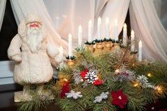 Φω'τα εστιών χριστουγεννιάτικων δέντρων δωματίων Στοκ Φωτογραφία