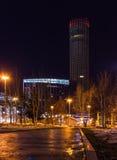 Φω'τα κεντρικής νύχτας πόλεων Yekaterinburg χειμερινά που εγκαταλείπονται Στοκ Εικόνες