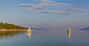 Φω'τα λιμενικών εισόδων στο ηλιοβασίλεμα Στοκ εικόνες με δικαίωμα ελεύθερης χρήσης