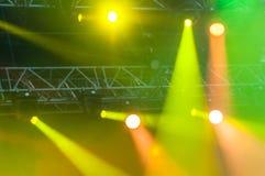 Φω'τα σκηνών στη συναυλία στοκ φωτογραφίες