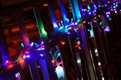 Φω'τα Χριστουγέννων στο μπαλκόνι Στοκ Εικόνα