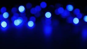Φω'τα Χριστουγέννων Defocused, σκούρο μπλε έννοια υποβάθρου απόθεμα βίντεο