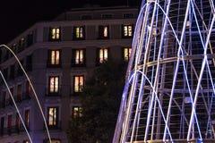 Φω'τα Χριστουγέννων Plaza de Callao στην πόλη της Μαδρίτης μέσα Στοκ Φωτογραφία