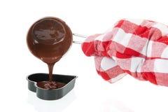 Φόρμα για την κατασκευή της καρδιάς σοκολάτας Στοκ Εικόνες