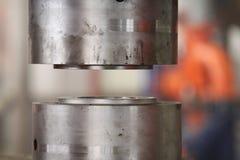 Φόρμα κύβων στον Τύπο Στοκ φωτογραφία με δικαίωμα ελεύθερης χρήσης