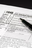 φόρος εισοδήματος μορφή&sig Στοκ εικόνα με δικαίωμα ελεύθερης χρήσης