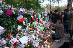 Φόρος στο πυροβολισμό Bataclan θυμάτων Στοκ φωτογραφίες με δικαίωμα ελεύθερης χρήσης
