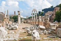 Φόρουμ Romanum στη Ρώμη στοκ εικόνες