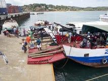 Φόρτωση σκαφών στο λιμένα Ankify, Μαδαγασκάρη Στοκ φωτογραφία με δικαίωμα ελεύθερης χρήσης