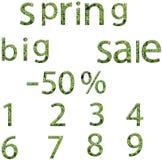 Φύλλα μορίων λέξεων και αριθμών πώλησης άνοιξη. Στοκ φωτογραφία με δικαίωμα ελεύθερης χρήσης