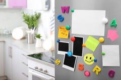 Φύλλα του εγγράφου και των φωτογραφιών με τους ζωηρόχρωμους μαγνήτες στην πόρτα ψυγείων στην κουζίνα στοκ φωτογραφίες με δικαίωμα ελεύθερης χρήσης