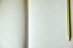 Φύλλο του ευθυγραμμισμένου εγγράφου σημειώσεων Στοκ Εικόνα