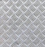 Φύλλο χάλυβα με το σχέδιο διαμαντιών στοκ φωτογραφίες