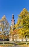 Φύλλωμα φθινοπώρου στην εκκλησία του ST John στο Αννόβερο Στοκ εικόνες με δικαίωμα ελεύθερης χρήσης