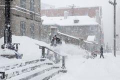 Φύσηγμα χειμερινού χιονιού Στοκ Εικόνες