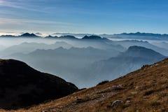 φύση βουνών σύνθεσης φθινοπώρου Στοκ φωτογραφία με δικαίωμα ελεύθερης χρήσης