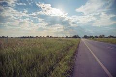 Φύση υπαίθρια, μπλε ουρανός, δρόμος, διακοπές Στοκ Εικόνα